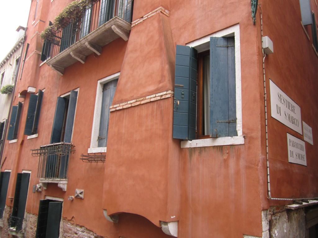 IMG_0975Venice-Hotel-Window